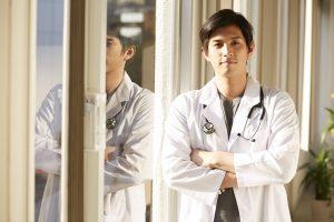 医師が転職希望先の採用面接で好印象を得るには?