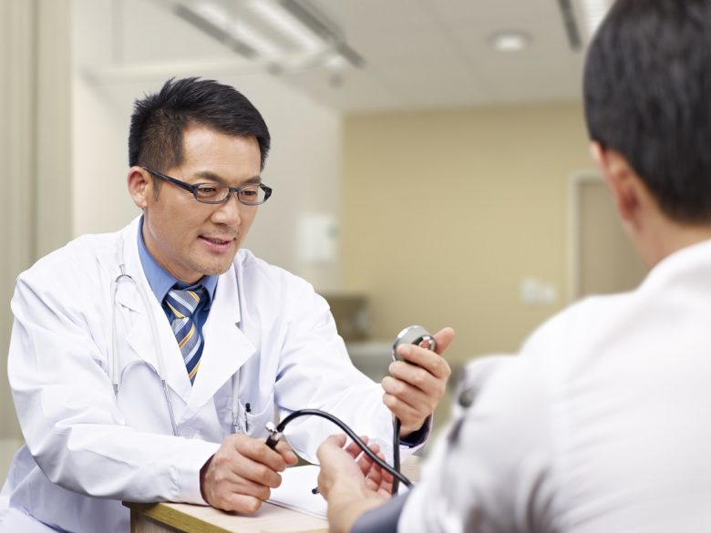 非常勤だけ・バイトだけ・兼業のいわゆる(正社員ではない医師)は食べていけるの?年収や生活の平均、リアル体験記