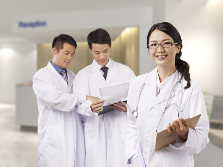 医師の転科、きっかけや理由・年齢も加味したベストな方法は?転職のほうが有利?